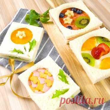 おうちにあるいろんなサイズのコップやお茶碗で、好きな具をはさんだパンをぬいてみて! 具がはみださない、丸くてかわいいサンドイッチができちゃうんです♪ トースターで焼けば、ホットサンドメーカーいらずです。余った周りのパンは、ステンドグラスみたいなサンドイッチにしてみては!?