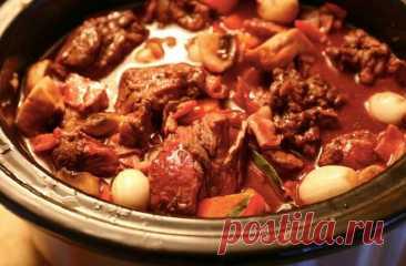 Несколько хитростей сделать мясо мягким - Мужской журнал JK Men's Маринад Желание размягчить жесткое мясо натолкнуло кулинаров на идею вымачивать его в маринаде. Смесь из различных компонентов, специй и пряностей