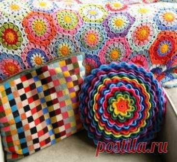 Декоративная подушка крючком