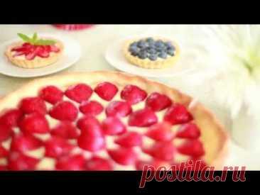 Песочный пирог с заварным кремом и клубникой: видео-рецепт