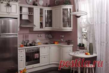 Как спланировать кухонное пространство: 6 шагов к продуманной кухне! Кухня, как никакое другое помещение в доме, нуждается в хорошем планировании и грамотном дизайне. Ни дорогостоящие материалы, ни отделка не спасут ее, если планировка выбрана неверно. Сегодня мы расскажем, как рационально и правильно спланировать кухонное пространство. Независимо от того, обращаетесь ли вы к профессионалам или планируете кухонное пространство самостоятельно, нужно помнить о нескольких фундаментальных…