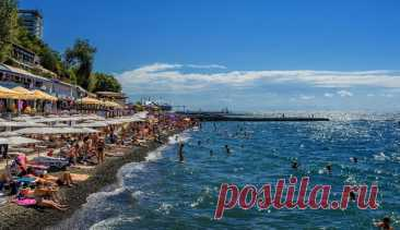 5 малолюдных и недорогих курортов Краснодарского края куда вы можете поехать этим летом Курорты Краснодарского края с тихими и немноголюдными пляжами. Цены на проживание, достопримечательности и как добраться. Пока заграничный отдых под запретом, Российские курорты уже распахнули двери для туристов. Краснодарский край привлекателен теплым морем, вкусными фруктами и солнечной погодой. Однако медики советуют выбирать места отдыха с пляжами, где не слишком многолюдно. Там рис...