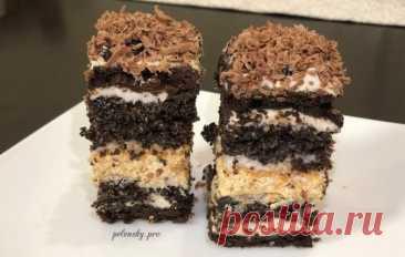 """Торт-пляцок """"Чорні коралі"""" з двома кремами та шоколадним коржем. • Красивий та святковий пляцок з маковим та шоколадним коржем , справжній шоколадний пляцок. Можна замінити на простий бісквітний."""