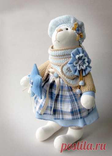 Зайка Тедди: выкройка, описание пошива мягкой игрушки своими руками