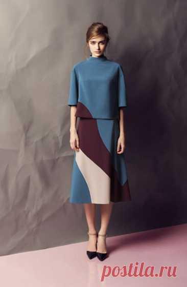 Коллекция белорусского бренда AG Green – как я поняла, это вторая линия дизайнера Алены Горецкой. На меня коллекция произвела большое впечатление. Отлично подобранная цветовая гамма, стилистика…