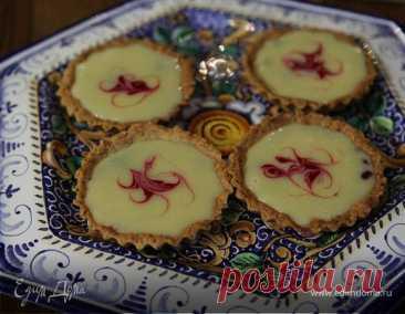 Миндальные корзиночки с малиной и ганашем из белого шоколада