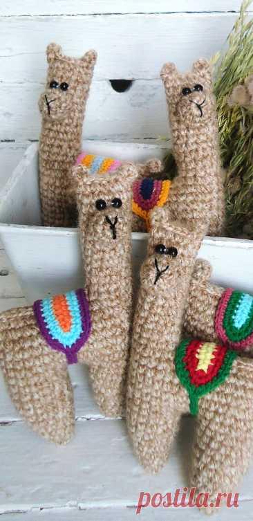 PDF Лама крючком. FREE crochet pattern; Аmigurumi animal patterns. Амигуруми схемы и описания на русском. Вязаные игрушки и поделки своими руками  #amimore - Лама.