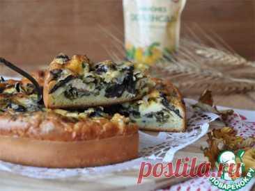 Ленивый помещичий пирог с грибами, омлетом и зеленым луком.
