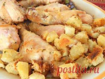 Куриные голени в панировке с картофелем: это что-то особенно вкусное!