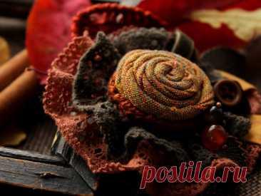 Мастер-класс смотреть онлайн: Создаем текстильную брошь «Симфония осенних листьев»