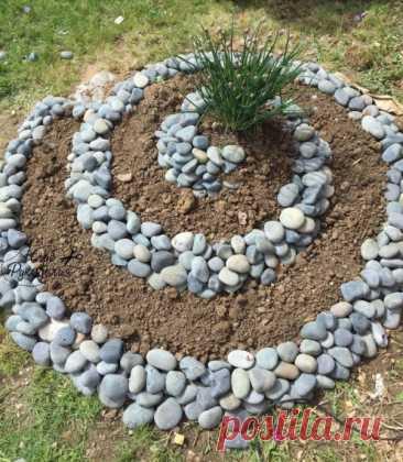 Как эффектно украсить камнями дачу или двор