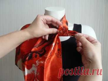 Como atar hermosamente los pañuelos, las bufandas, platochki