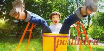 5 опасностей, окоторых стоит напомнить детям: оттелефона вванне до«солнышка» накачелях   Мел