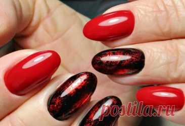 Как сочетать красный с черным в маникюре: стильные и эффектные фото Какие особенности имеет маникюр в красно-черной гамме. Как использовать красный гель лак с черным декором в дизайне. Красивые фото ногтей.