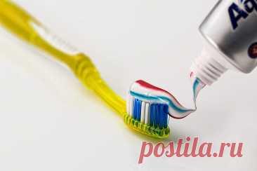 Зубная паста. Невероятные способы применения. Чистим и полируем, избавляемся от укусов комара. Все мы знаем, что Зубная паста является главным гигиеническим средством человека. Именно... Читай дальше на сайте. Жми подробнее ➡
