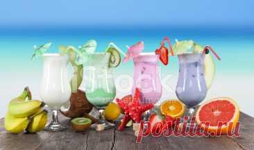 Летние напитки на пляже