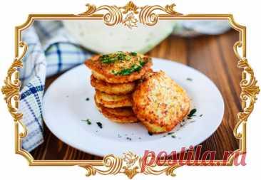 #Нежные #капустные #оладьи (#рецепт #на #скорую #руку)  Этот #сытный #завтрак или #перекус идеально сочетается с разными соусами.  Время приготовления: Показать полностью...