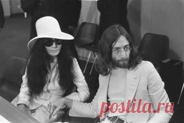 Несвятой Джон Леннон: что скрывается за идеализированным образом певца 40 лет назад, в декабре 1980 года был убит Джон Леннон. С тех пор он стал не просто звездой мегапопулярной группы The Beatles, но и богоподобной иконой по всему миру. Некоторые до сих пор используют его образ для своеобразного поклонения, кто-то переносит Леннона в параллельные вселенные, внедряет в комиксы, новеллы, фильмы. Его противоречивая жизнь получила неоднозначное продолжение после смерти. Хотя ...