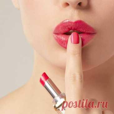 Как поднять уголки губ в домашних условиях с помощью макияжа