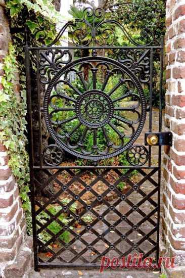 Красивые садовые калитки на участке: фото ~ Planetalsad