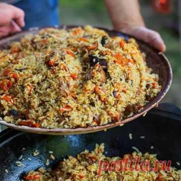 Соседка родилась в Узбекистане, она научила меня готовить правильный плов. Такой вкусноты я еще не пробовала – делюсь секретами | О вкусной еде | Яндекс Дзен