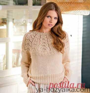 Пуловер японским узором спицами.