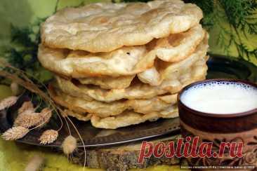 Шельпек по-казахски – пошаговый кулинарный рецепт с фото Казахские лепёшки шельпек – пошаговый рецепт с фото. Традиционная азиатская кухня. Простые лепёшки на воде. Как пожарить шельпек. Восточная кухня.