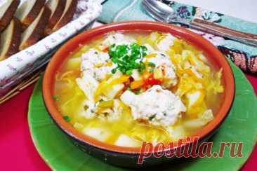 Щи из свежей капусты с картофелем и куриными клецками, рецепт с фото пошагово и видео — Вкусо.ру