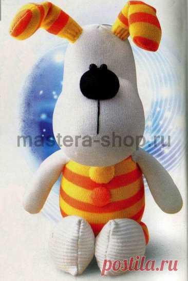 La Clase maestra por la costura de los juguetes de los calcetines: el Perillo