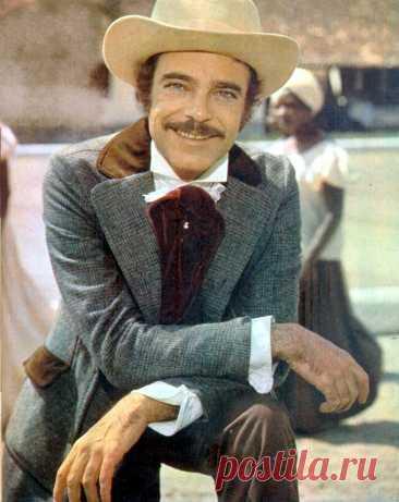 Рубенс ди Фалку, 19 октября, 1931 • 22 февраля 2008