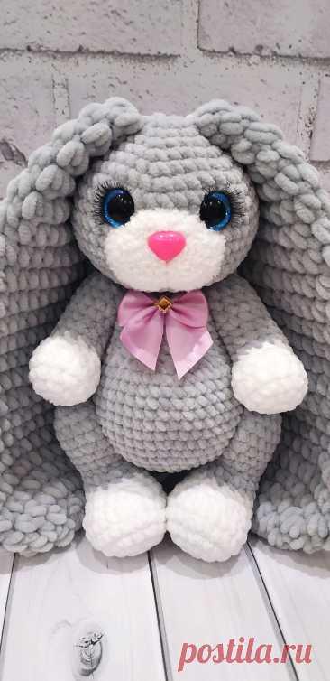 PDF Зайка крючком. FREE crochet pattern; Аmigurumi animal patterns. Амигуруми схемы и описания на русском. Вязаные игрушки и поделки своими руками #amimore - заяц, плюшевый зайчик, кролик, зайчонок, зайка из плюшевой пряжи, крольчонок.