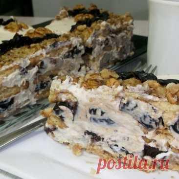 Торт без выпечки - когда неожиданные гости на пороге -это быстрый вкусный десерт  Это очень простой и вкусный тортик, его очень легко приготовить даже ребёнку) Пpoчиmamь npoдолжение..