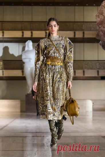 Ulla Johnson Fall 2021 Ready-to-Wear Fashion Show | Vogue