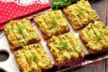 Кабачковая намазка на хлеб Рецепт очень вкусной намазки на хлеб на основе кабачков. Для усиления вкуса кабачок тушим вместе с луком и морковью. Овощи по данному рецепту после тушения … Читай дальше на сайте. Жми подробнее ➡