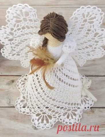 Schemes of knitting of angels a hook - record of the user Natalya (Natalya) in community the World of a toy in category Knitted toys. Master classes, schemes, description. Schemes of knitting of angels kryuchkomvoskhititelny and sweet Christmas angels are connected by a hook. Knitted angels it is possible to present to relatives for Christmas or to decorate with them a drawing room interior.