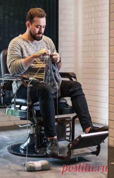 Мужской пуловер спицами со схемами и описанием. Справятся даже начинающие | Галина Knitting | Яндекс Дзен