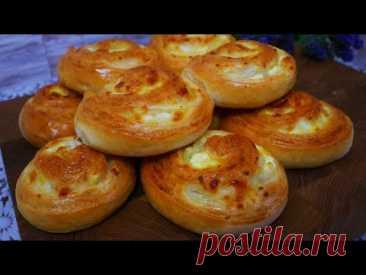 Булочки с луком, сыром и творогом в духовке. Домашние булочки на перекус, на работу, к чаю - YouTube