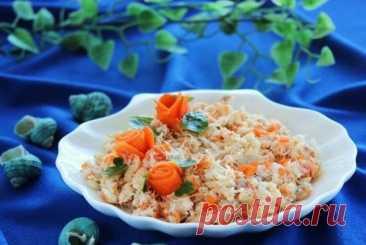 Простой салат из рыбы с морковью «Раковые шейки». Попробуйте подать его в тарталетках !