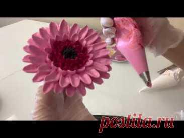 ПОПРОБУЙТЕ сделать такие цветы! Как ОЧЕНЬ ПРОСТО и КРАСИВО украсить торт! Красивый торт!