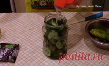 Вкусная закуска из обычных огурцов: простой рецепт на всё лето