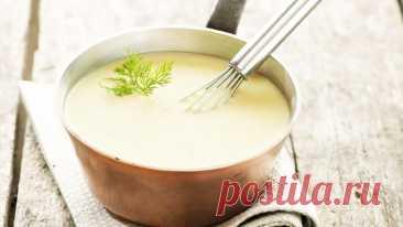Соус Бешамель - соус для лазаньи, овощей и запеканок   Рецепт за 5 минут Соус бешамель - универсальный соус для лазаньи, овощей и запеканок. Очень простой рецепт за 5 минут.▶ Смотрите еще рецепт ЛАЗАНЬИ Ингредиенты:  Мука - 25 г. Сливочное масло - 25 г. Молоко - 400 мл Мускатный орех - 1 щепотка Соль - по вкусу Цедра лимона - по желанию Друзья, если вам...