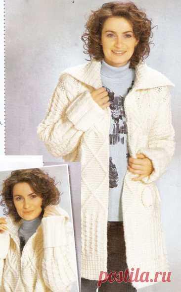 Белое пальто на размеры 48-52 спицами – схемы вязания с описанием - Пошивчик одежды Женственное пальто белого цвета прекрасно украшает и превосходно сидит на полных фигурах. Комплект участвующих узоров настолько гармонично рассчитан