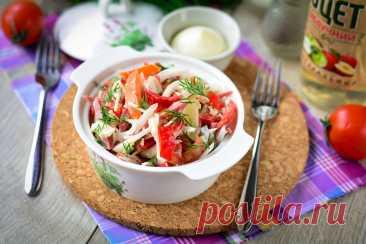 """Салат """"Мексика"""" - оригинальный и запоминающийся Салат «Мексика» - максимально прост в приготовлении, но от этого не становится менее вкусным. Вкус блюда отличается пикантностью и оригинальностью."""