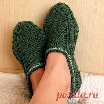 Носочки-тапочки с косичками
