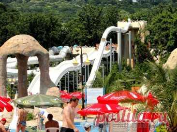 """Болгарское побережье Черного моря 20. Курорт Золотые пески – парк """"Акваполис"""" На курорте Золотые пески много развлечений. Я покажу вам самый интересный, на мой взгляд, парк развлечений «Акваполис» - самый красивый аквапарк в Восточной Европе и первый в Болгарии, построенный в у..."""