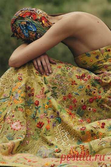Сегодня надо впитывать в себя красоту! Поэтому- роскошные образцы для рукодельниц…   СТИЛЬ МОДА ТРЕНДЫ   Яндекс Дзен
