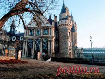 Замки Польши: Дворцово-парковый ансамбль Мошненский(Pałac w Mosznej)