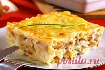 Аппетитная макаронная запеканка с куриным филе под сырной корочкой к ужину