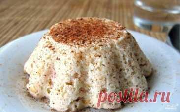 El soufflé de manzana en 100 g 110 kkal