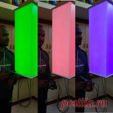 RGB-светильник с управлением цветом с помощью гидроустройства Этот светильник управляется с помощью гидравлики, точнее гидравлически управляются ползунковые резисторы, которые в свою очередь являются частью электронного управления. Ползунковых резистора три, шприца, с помощью которых они приводятся в действия, тоже три. В каждый шприц залита жидкость разного